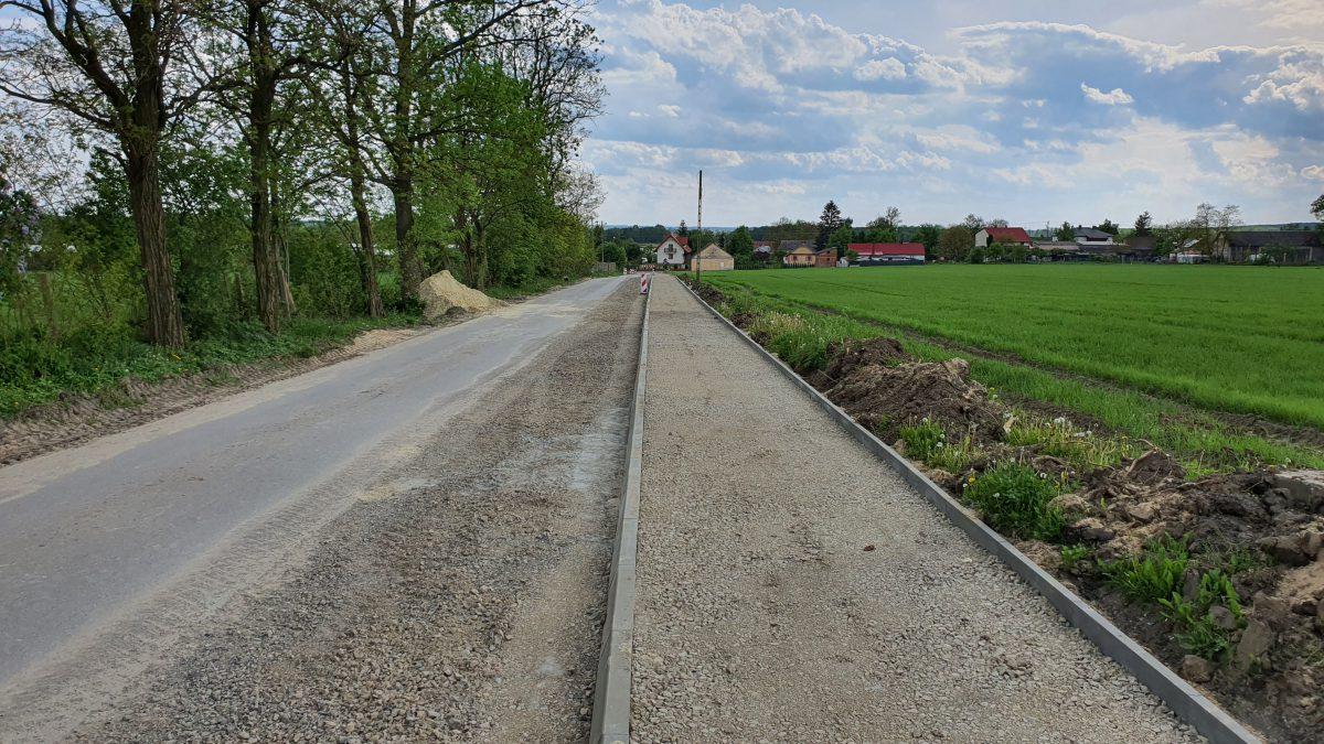 Miniaturka artykułu Przebudowa drogi gminnej nr 103118L w m. Przytoczno